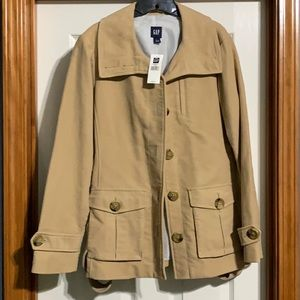 Tan gap coat, nwt! Sz lg